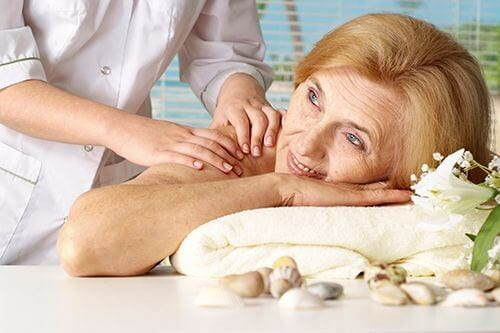 massage for the elderly - life balance
